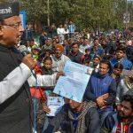 Delhi Assembly Election: AAP protest against Vijay Goel shout slogans