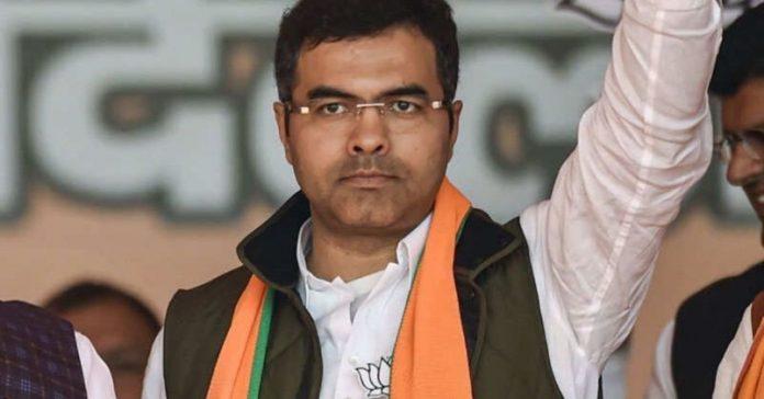 News BJP's Parvesh Verma Labels Rahul and Sonia Gandhi A 'Virus'