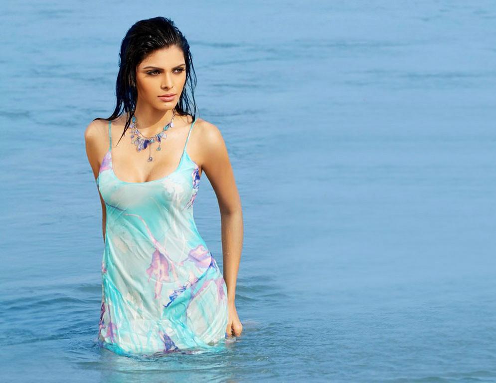 Sherlyn Chopra on beach